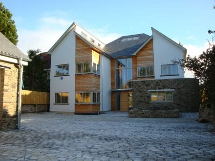 Dartmouth new build featuring aluminium windows