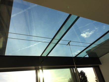 Structured glass roof