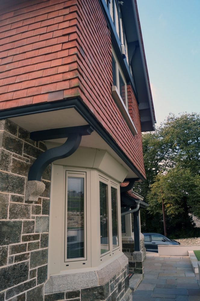 Pebble Grey Composite Windows Complements Anthracite Grey