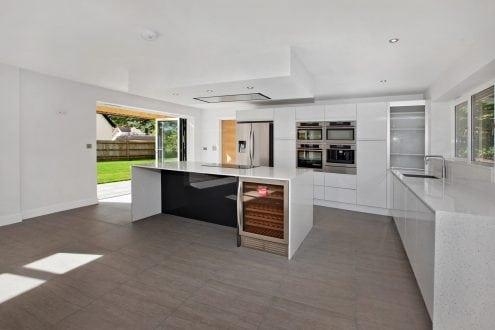 bi-folding doors - Kitchen - open