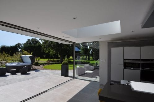 Slim sliding door