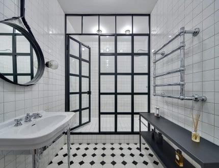 RK Steel shower glass screen